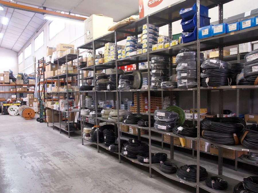 Tienda material el ctrico valencia comercial el ctrica for Material oficina valencia